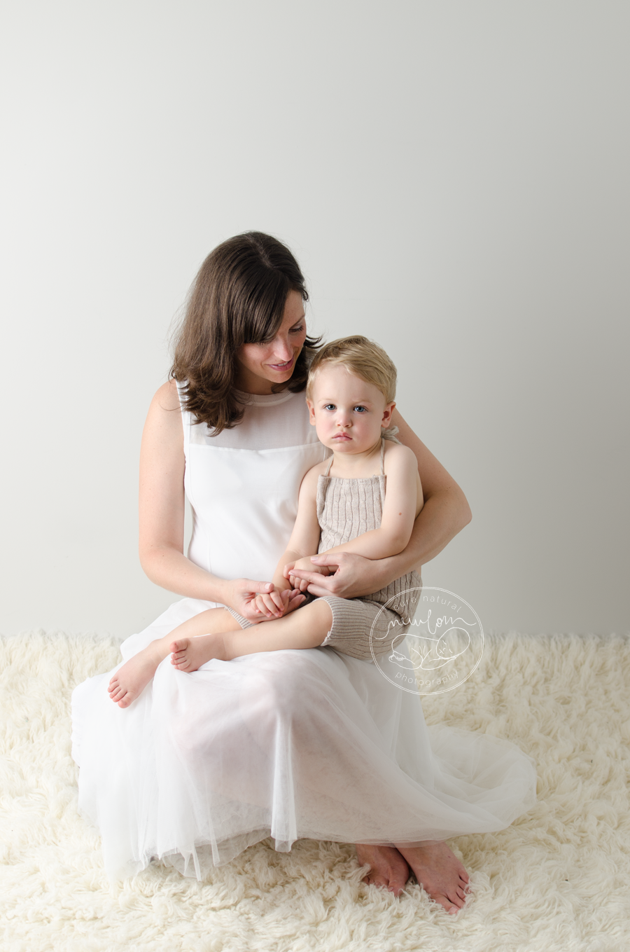maternity photo session pregnancy photos white tutu dress mom to be baby belly cream flokati little boy_STF7597