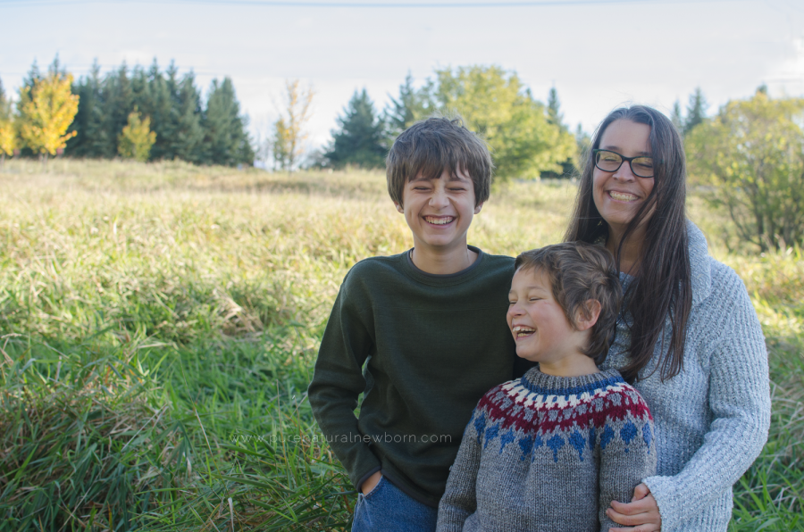 Debora Rodrigues Family Photos Ottawa Photographer Babywearing in Canada Mom and Sons